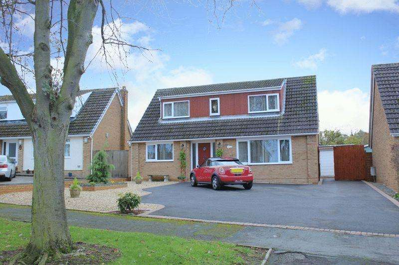 3 Bedrooms Detached House for sale in Yew Tree Drive, Bayston Hill, Shrewsbury, SY3 0PL