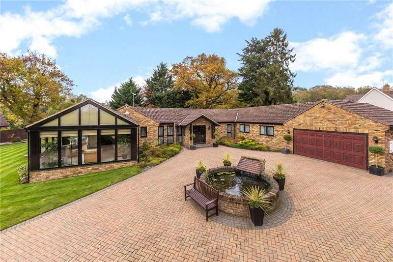 3 Bedrooms Detached Bungalow for sale in The Avenue, Welwyn, Hertfordshire