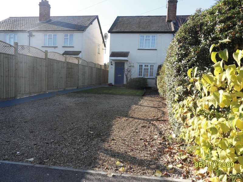 2 Bedrooms Semi Detached House for sale in Fifield Road, Maidenhead, Berkshire, SL6