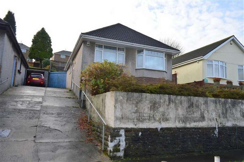 3 Bedrooms Detached Bungalow for sale in Swansea Road, Waunarlwydd, Swansea