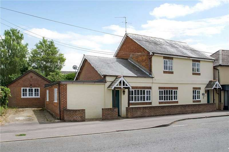 4 Bedrooms Detached House for sale in Oxford Road, Sutton Scotney, Winchester, Hampshire, SO21