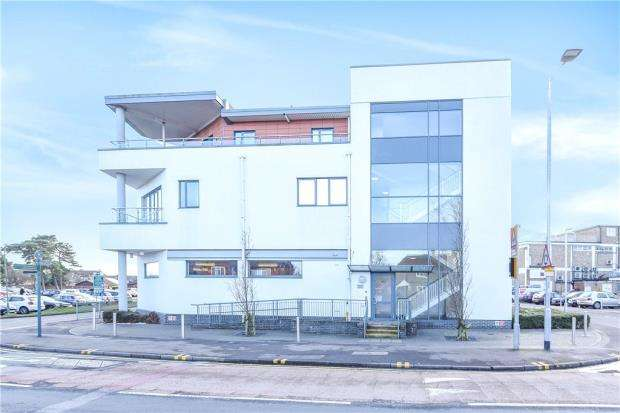 1 Bedroom Apartment Flat for sale in Sandford Court, 6 Headley Road, Reading