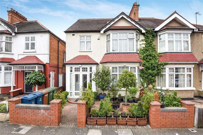 6 Bedrooms Semi Detached House for sale in Radnor Road, Harrow, Middlesex, HA1