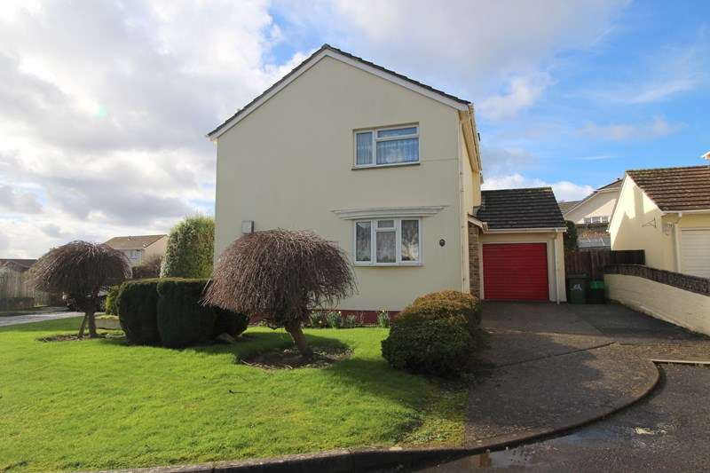3 Bedrooms Detached House for sale in Goodwood Park Road, Northam, Bideford