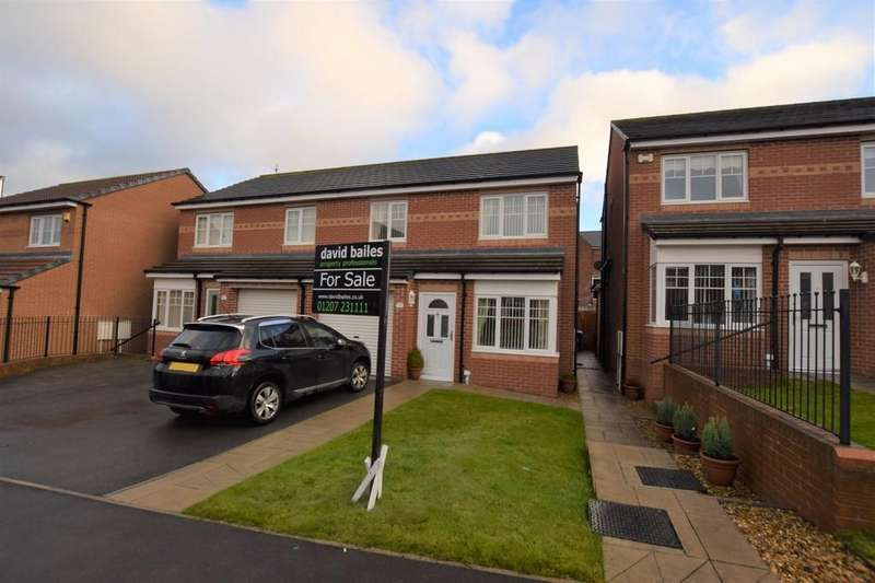 3 Bedrooms Semi Detached House for sale in Cloverhill Court, Craghead, Stanley