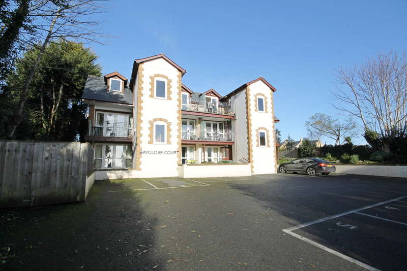 1 Bedroom Ground Flat for sale in Freshwater Bay, Isle Of Wight