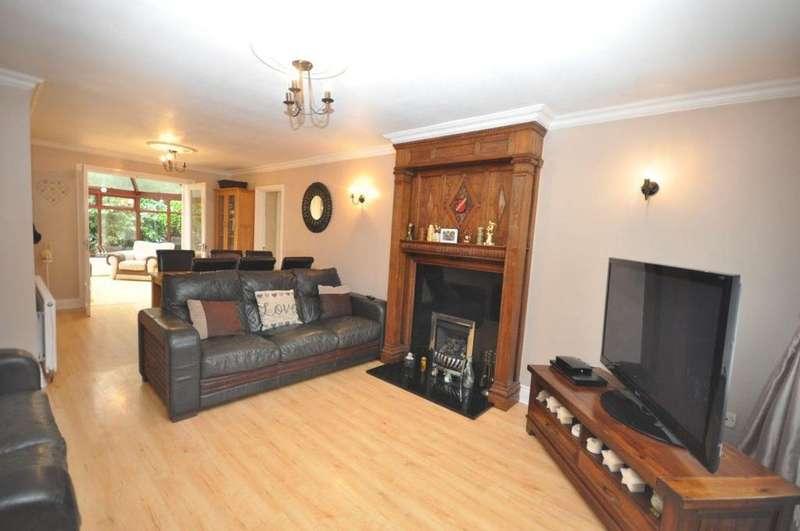 4 Bedrooms Detached House for sale in Sandsay Close, Ryhope, Sunderland