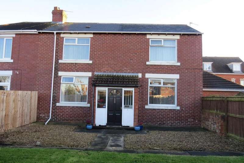3 Bedrooms Semi Detached House for sale in Moor Croft View, Newbiggin-By-The-Sea