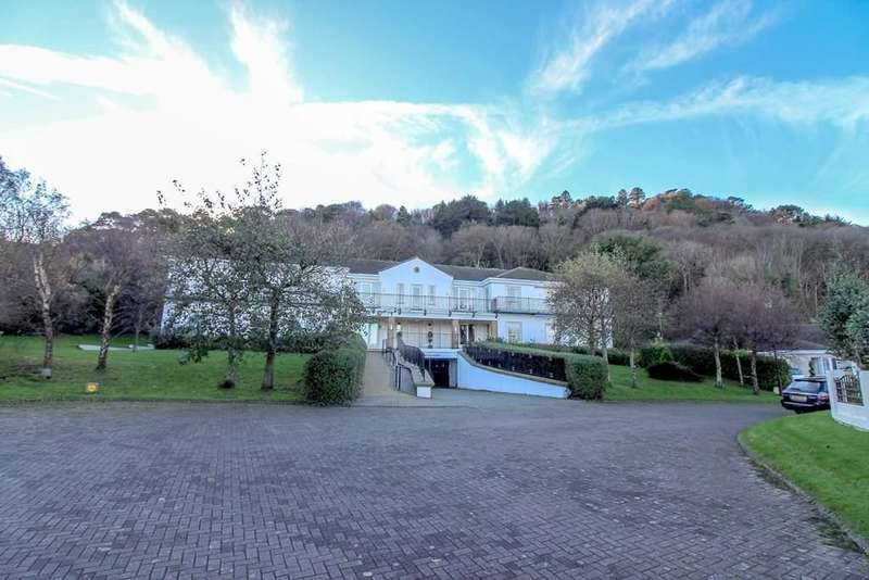 3 Bedrooms Apartment Flat for sale in Apartment 2, Majestic Apartments, Ramsey, IM8 1NG