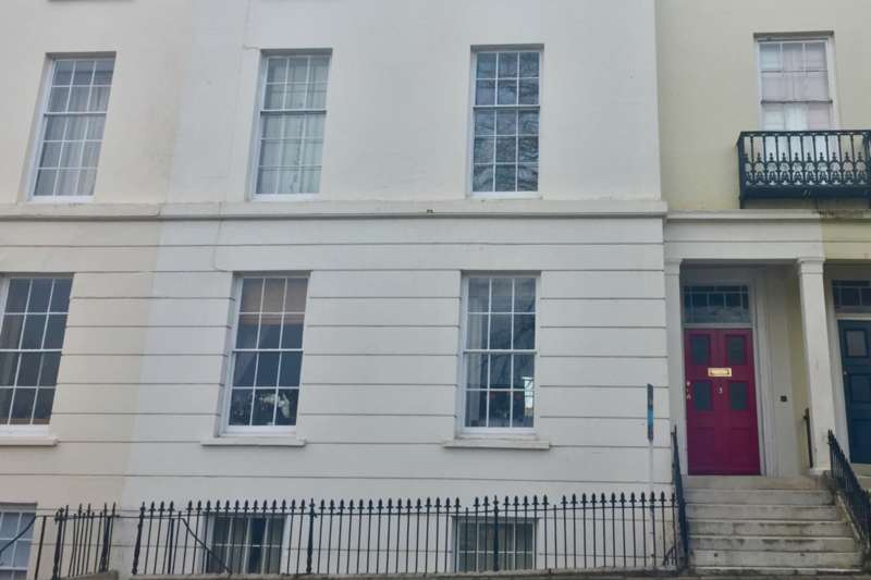 2 Bedrooms Apartment Flat for sale in 3 Strangways Terrace , Truro, Truro TR1