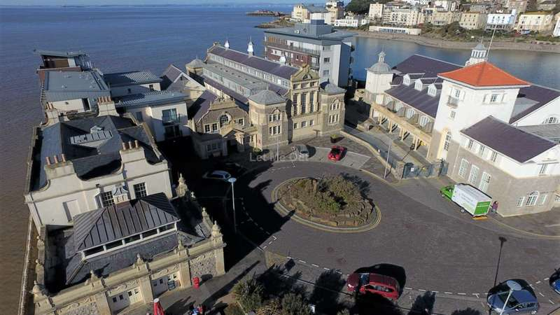 2 Bedrooms Apartment Flat for sale in Knightstone Causeway, Weston-super-Mare