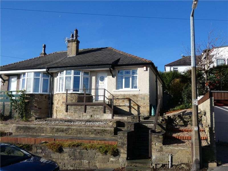 2 Bedrooms Semi Detached Bungalow for sale in Woodcot Avenue, Baildon, West Yorkshire