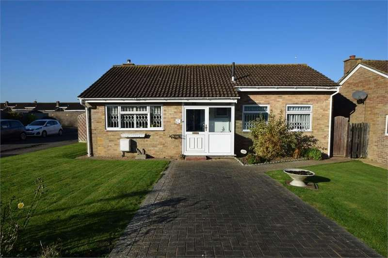 3 Bedrooms Detached Bungalow for sale in Seven Sisters Road, Willingdon, East Sussex