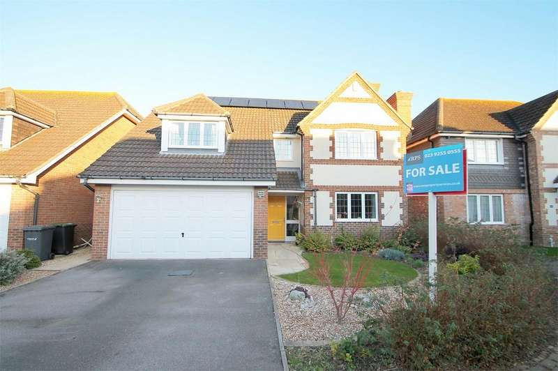 4 Bedrooms Detached House for sale in Glenney Close, Lee-on-the-Solent, Hampshire