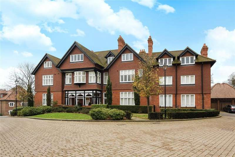 3 Bedrooms Flat for rent in Kingswood Mansions, 15 Newton Park Place, Chislehurst, Kent, BR7