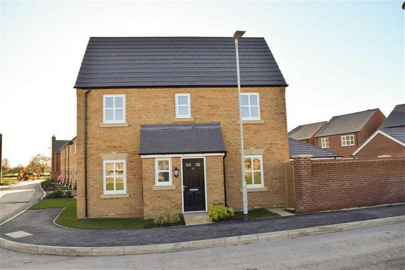 3 Bedrooms Semi Detached House for sale in Whatcroft Way