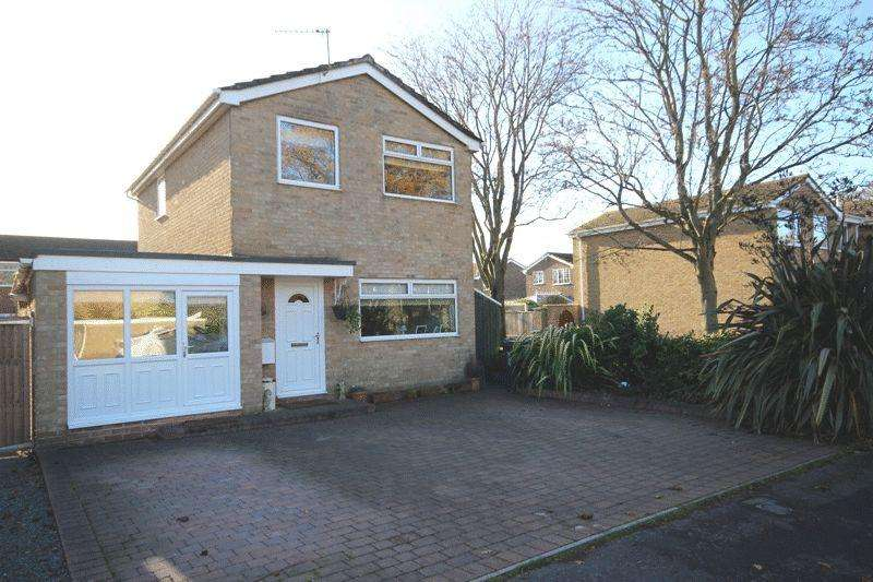 3 Bedrooms Detached House for sale in BURTON CHRISTCHURCH