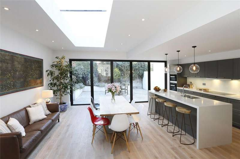 4 Bedrooms Semi Detached House for sale in Octavia Street, Battersea, London, SW11