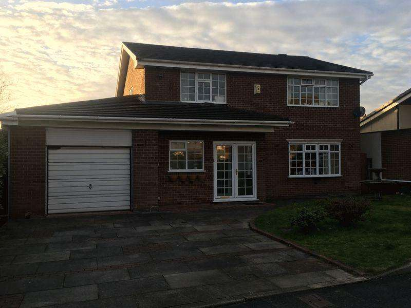 4 Bedrooms Detached House for rent in Bank Side, Bolton