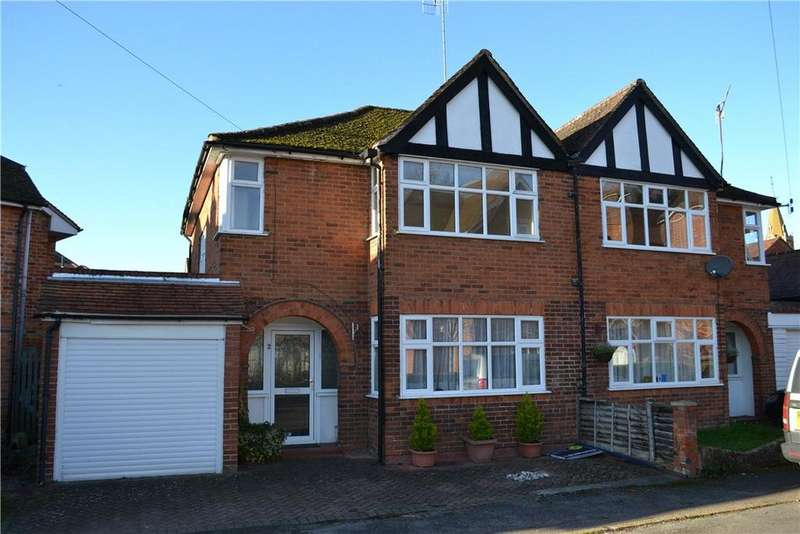 3 Bedrooms Terraced House for sale in Wyndale Close, Henley-on-Thames, RG9