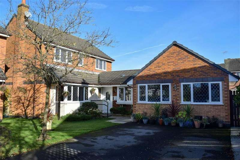 5 Bedrooms Detached House for sale in Fairacre Drive