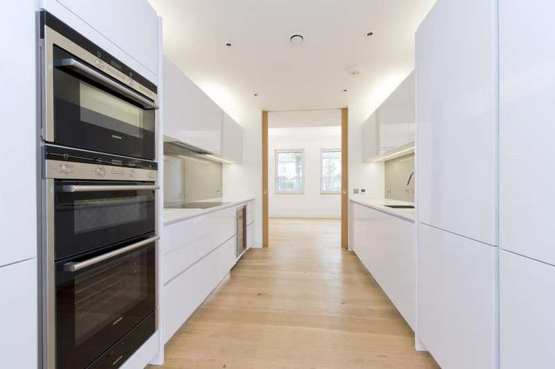 5 Bedrooms House for rent in Pangbourne Avenue, North Kensington W10