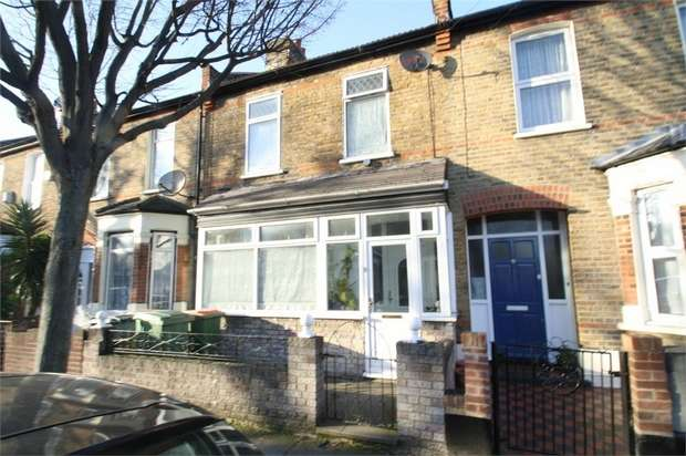 3 Bedrooms Terraced House for sale in Haldane Road, East Ham, London