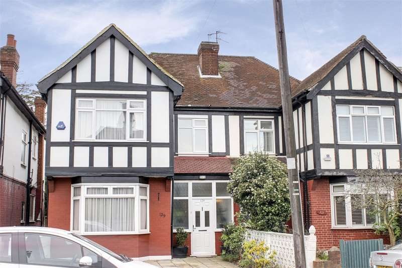 4 Bedrooms Semi Detached House for sale in Durnsford Road, Alexandra Park, London