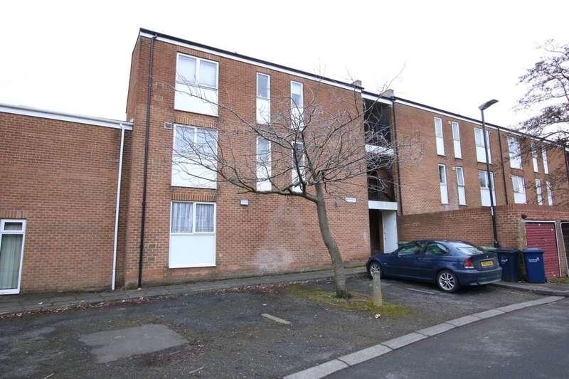 2 Bedrooms Flat for sale in Dunstanburgh Close, Washington, NE38