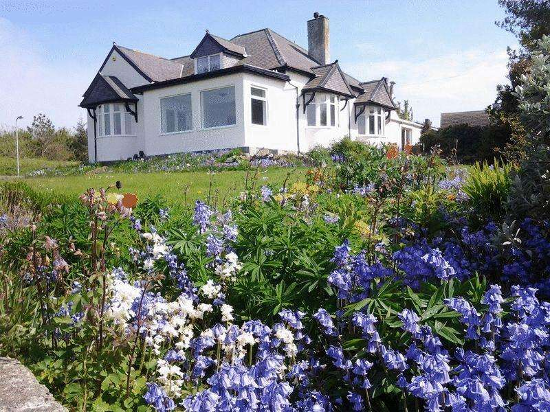 7 Bedrooms Detached House for sale in Castellor, Cemaes Bay
