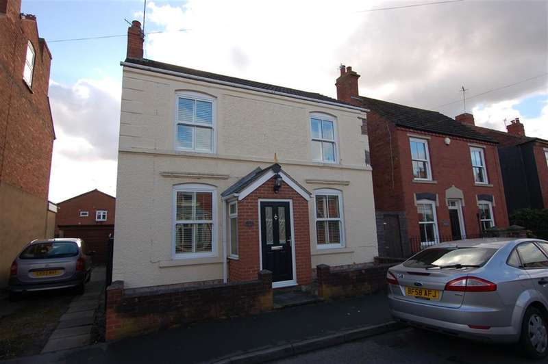 3 Bedrooms Detached House for sale in Lawn Street, Stourbridge, DY8 3UQ