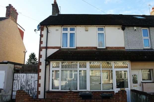 3 Bedrooms Semi Detached House for sale in Bedford Road, Dartford, Kent, DA1 1SR