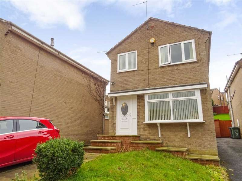 3 Bedrooms Detached House for sale in Thanes Close, Birkby, Huddersfield