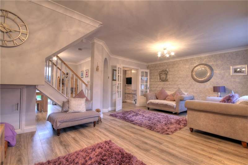 3 Bedrooms Semi Detached House for sale in Glamis Court, Woodstone Village, Chester le Street, DH4