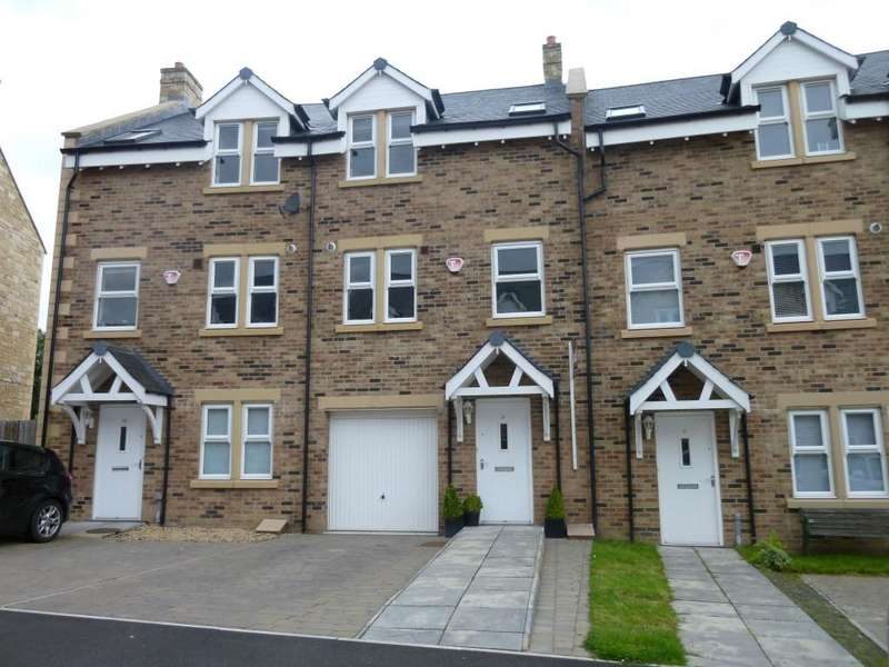 4 Bedrooms Town House for rent in Park View, Alnwick, Northumberland, NE66