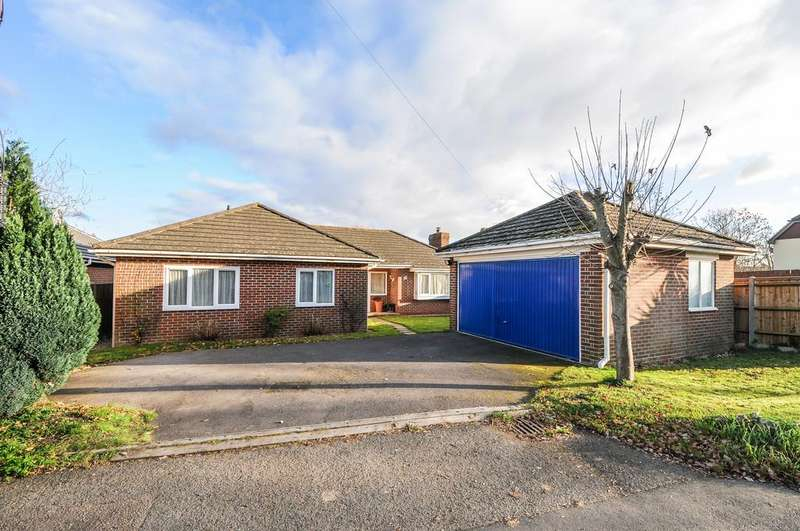 3 Bedrooms Detached Bungalow for sale in Salthill Road, Fishbourne