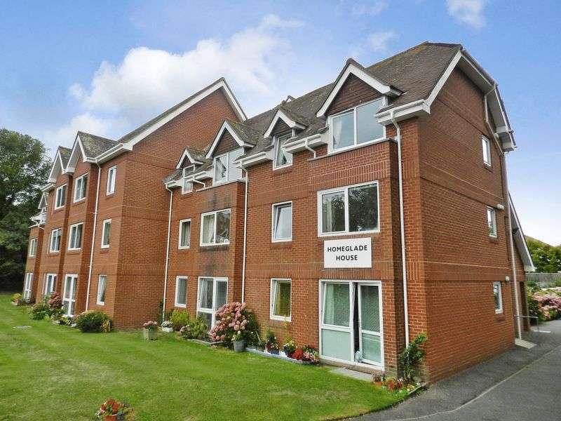 1 Bedroom Property for sale in Homeglade House, Eastbourne, BN20 7PZ