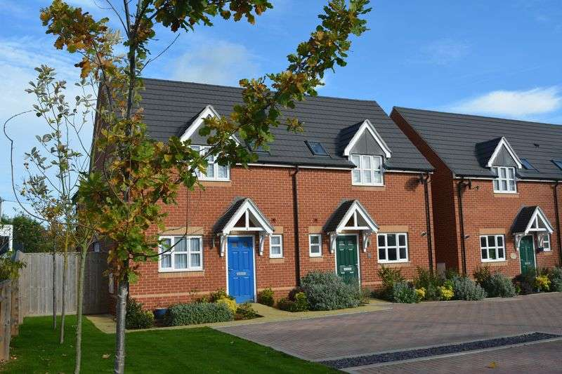3 Bedrooms Property for sale in Townsend, Grove, Wantage