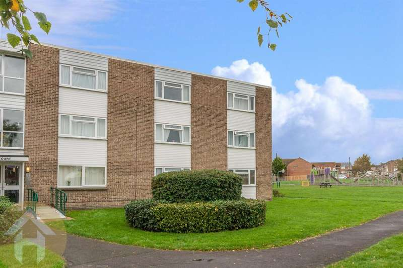 1 Bedroom Studio Flat for sale in Marlborough Court, Royal Wootton Bassett.