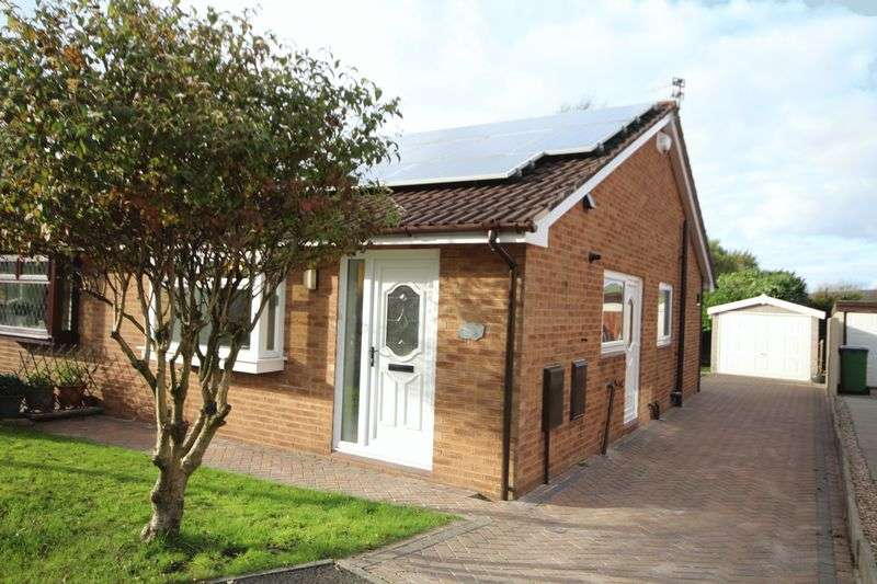 2 Bedrooms Property for sale in Kathan Close, Rochdale