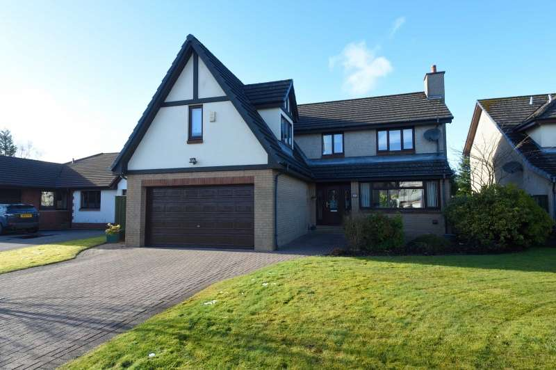 4 Bedrooms Detached House for sale in Troon Gardens, Cumbernauld, North Lanarkshire, G68 0JW