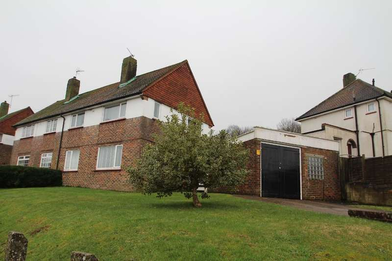 3 Bedrooms Semi Detached House for sale in Hurst Hill, Hollingbury, Brighton, East Sussex, BN1 8GG