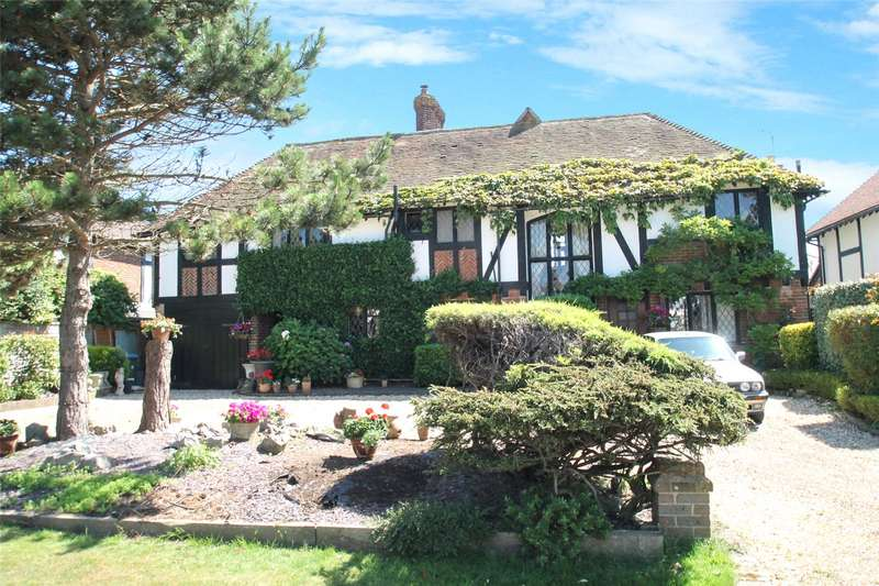4 Bedrooms Detached House for sale in Cobblestones, The Thatchway, Rustington, BN16