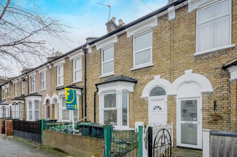 3 Bedrooms House for sale in Birkbeck Road, Tottenham, N17
