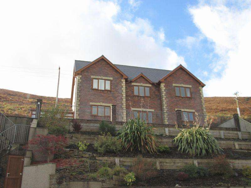 5 Bedrooms Detached House for sale in Pen Y Bryn House Bryn Road Ogmore Vale CF32 7DW