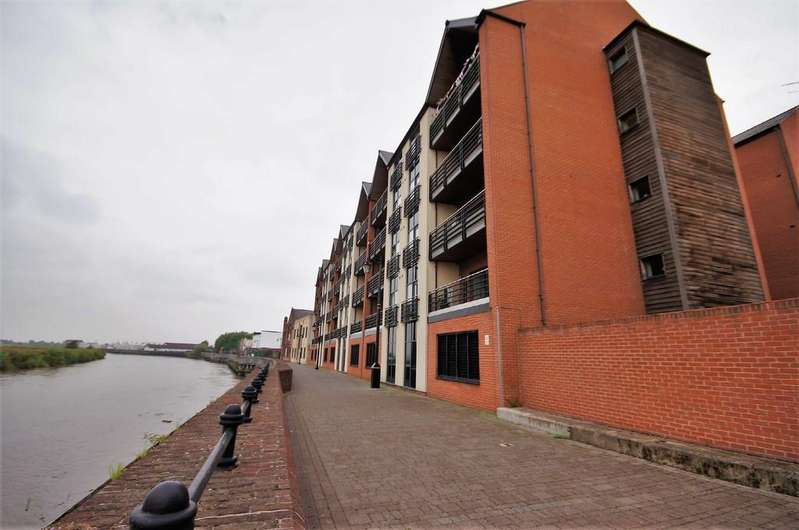 2 Bedrooms Apartment Flat for sale in Granary Wharf, Bridge Street , Gainsborough