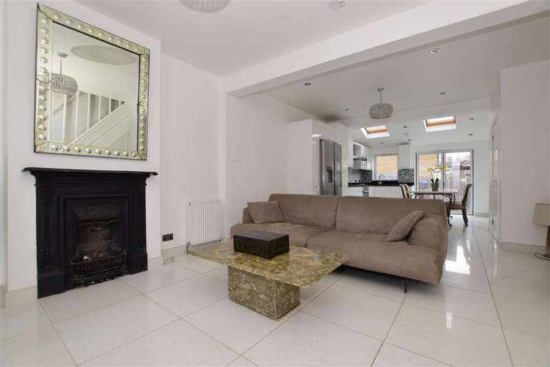 3 Bedrooms Semi Detached House for sale in Bernard Road, , Wallington, Surrey