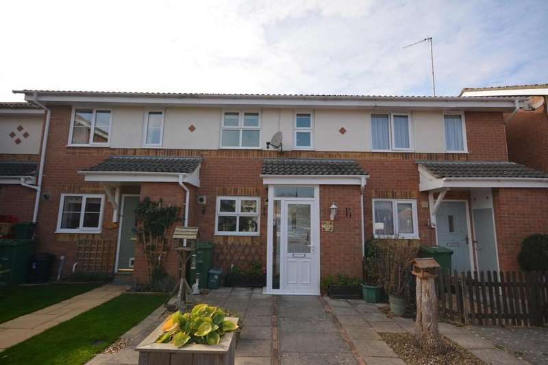 2 Bedrooms Terraced House for rent in Marina Close, East Cowes