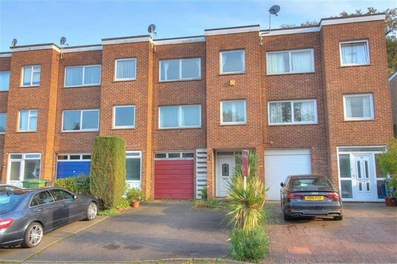 3 Bedrooms Terraced House for sale in Ashdown Close, Hiltingbury, Chandlers Ford, Hampshire