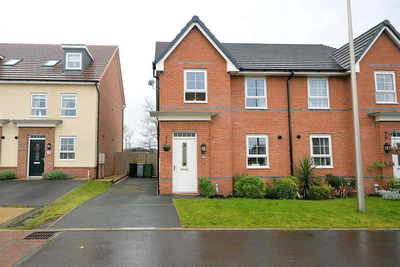 4 Bedrooms Semi Detached House for sale in Halliwell Court, Elworth
